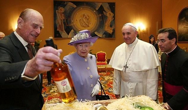 queen-pope-2014-april.jpg